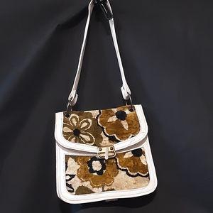 1960's accordion leather purse w/ carpet accents